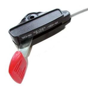 Commande d'accélération adaptable pour tondeuse SNAPPER à moteur BRIGG & STRATTON. Remplace origine: 18186, 18515 - L câble: 1220 mm ,L gaine: 1180 mm ,Course: 29 mm