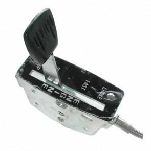 Commande d'accélération adaptable pour tondeuse SNAPPER à moteur BRIGG & STRATTON 5 cv. Remplace origine: 18188 - L câble: 1320 mm ,L gaine: 1250 mm ,Course: 40 mm