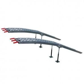Jeu de 2 rampes courbées pliables en alu L: 228 cm, L: 28,5 cm, livrée avec 4 pieds réglables, d'une capacité de 910 kg/paire