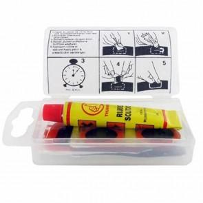 Kit réparation pour Chambre à air SHAK comprenant 4 rustines de diamètre 20mm et 1 rustine de 45x25mm, avec colle et abrasif.