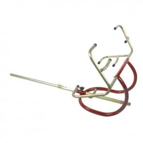 Lève-autoportée sous roues, levage frontal, écartement des griffes de roues réglable. Capacité de levage: 130Kg